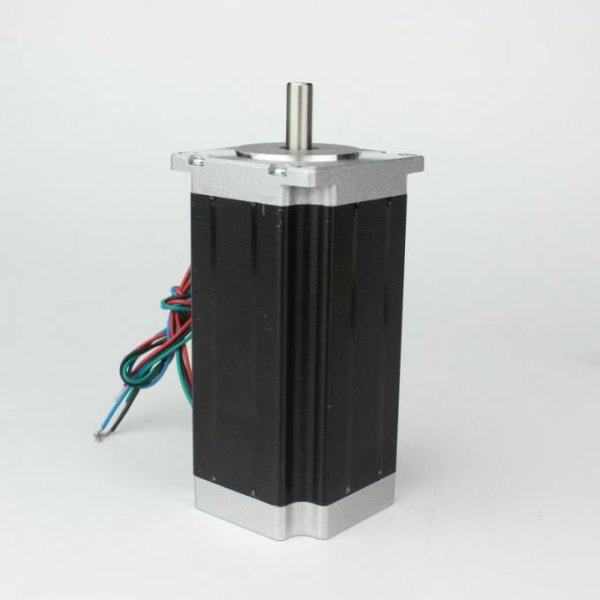 Motor de Passo NEMA 23 - 28 kgf.cm / 3A - CNC Router