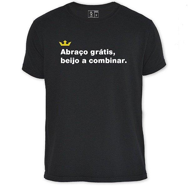 Camiseta Resenha - Abraço grátis
