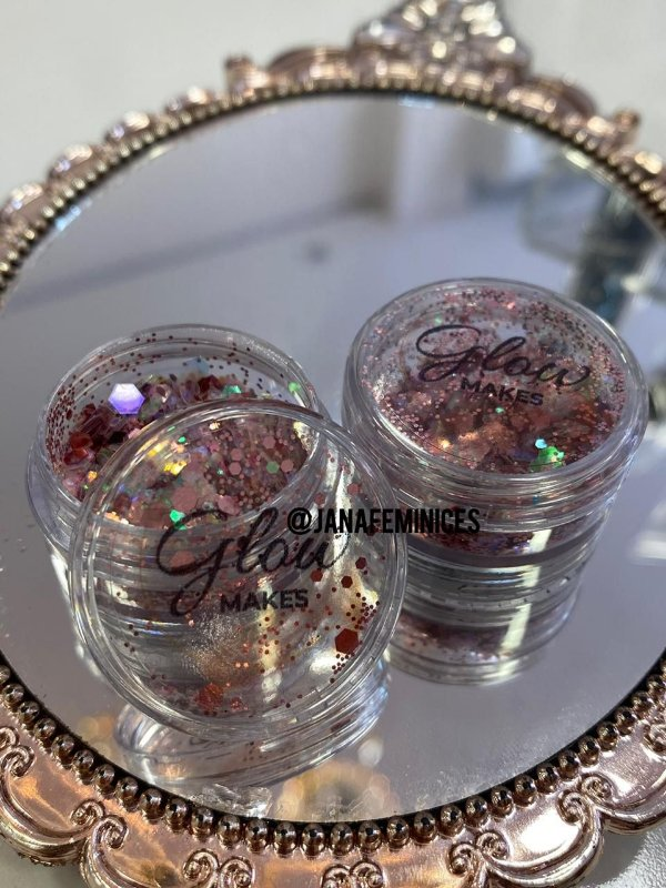 Glitter Carol Marçal III - Glow Makes