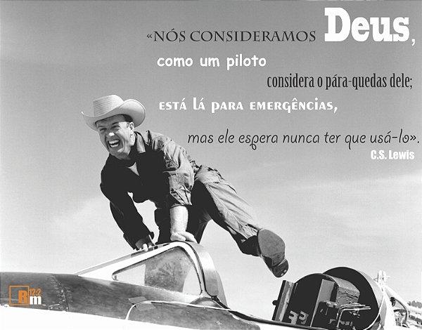 Camiseta Deus Como Piloto - Romanos Doze Dois 48618dd3642e7