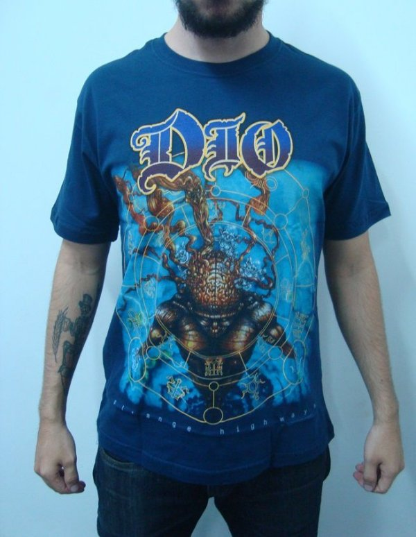 Camiseta Dio - Strange highways