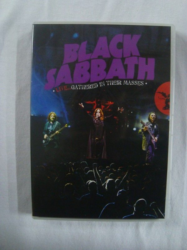 Black Sabbath - CD + DVD + Live...Gathered in their masses