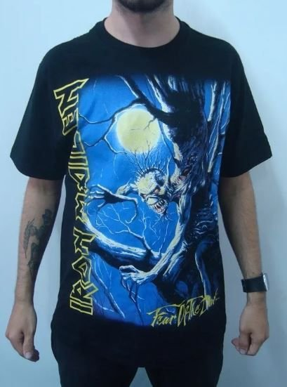 Camiseta Iron Maiden - Fear of the Dark