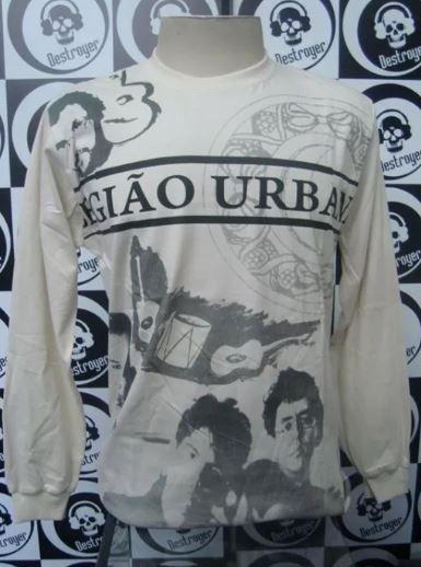 Camiseta manga longa estampa total Legião Urbana - bege