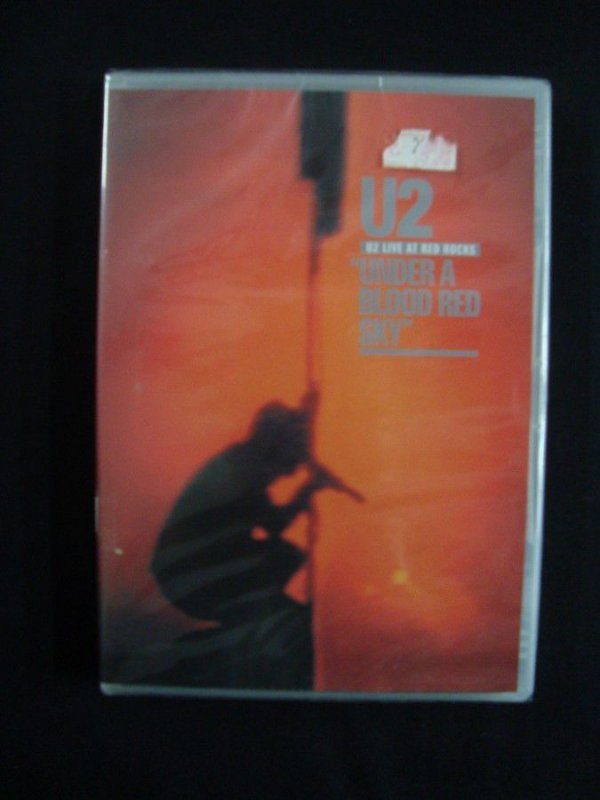 "DVD U2 - Live at Red Rocks - ""under a blood red sky"""