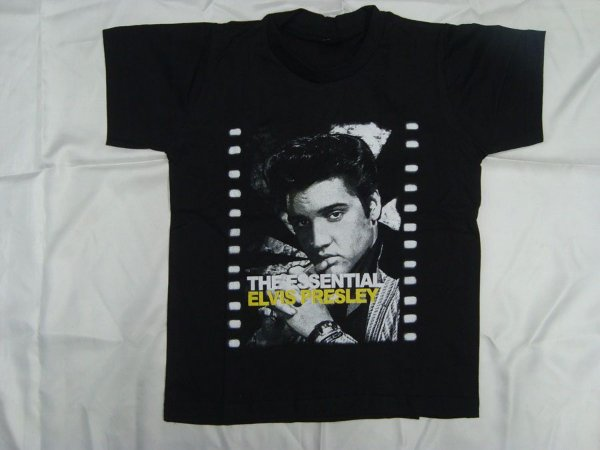 Camiseta Infantil - the Essential Elvis Presley tamanho 12