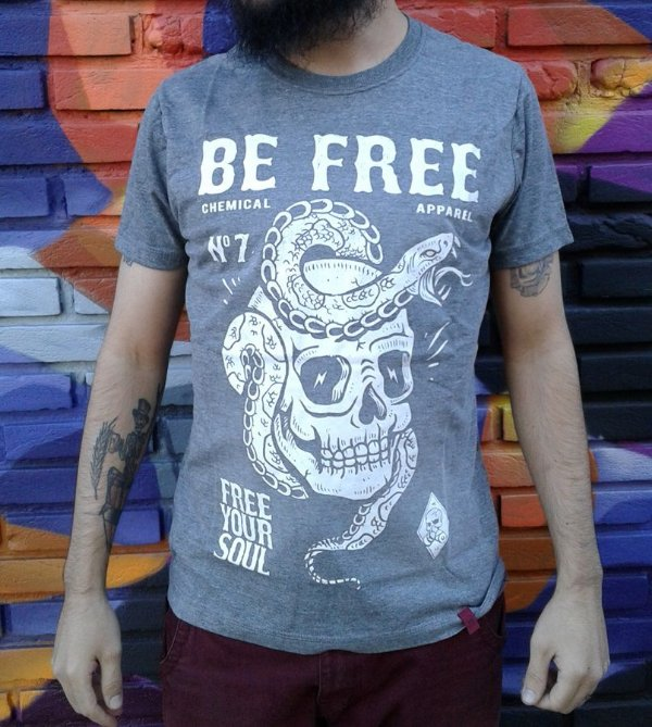 Camiseta Be Free - Free your soul