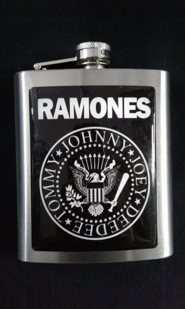 Cantil - Ramones