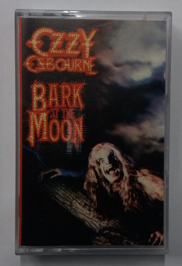 Fita Cassete Ozzy Osbourne - Bark at the Moon