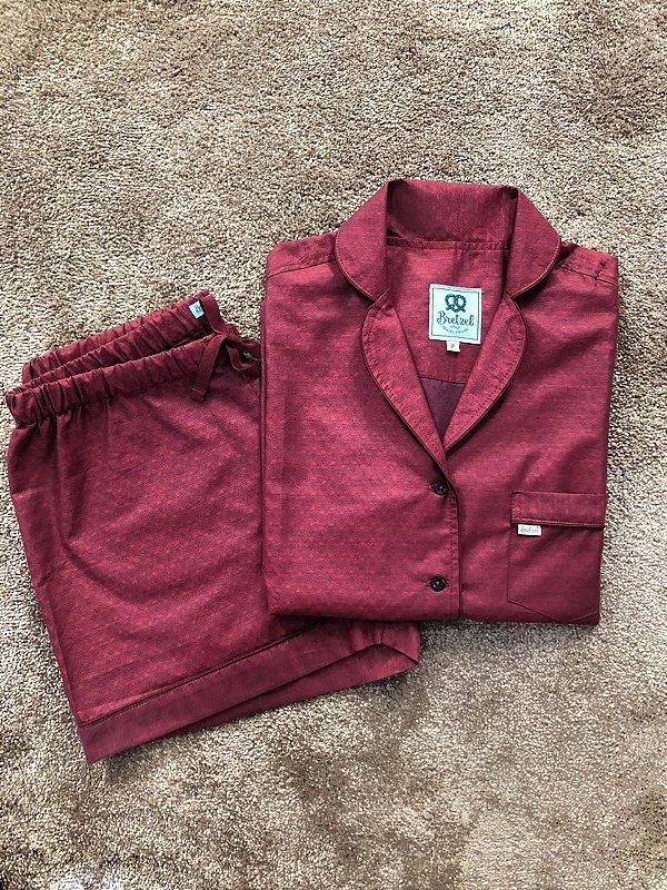 Pijama Curto Bordô