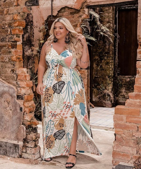 VESTIDO PLUS SIZE LONGO S/M ESTAMPA OFF WHITE REF. 900297