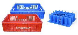 Caixa Plástica Vazada com Divisórias para Copos