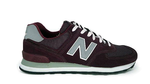 Tênis New Balance 574 Bordô