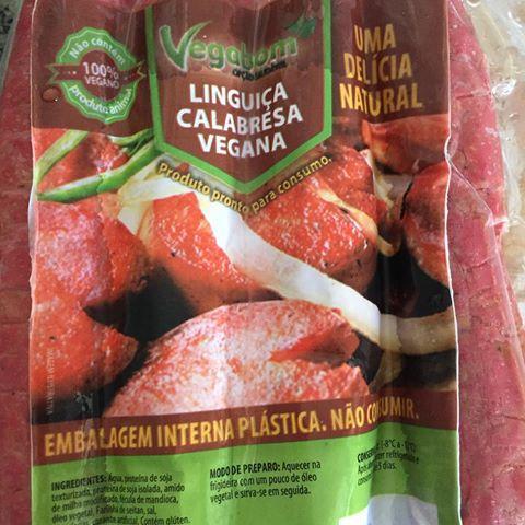 Linguiça Calabresa Vegana Vegabom 400g❄