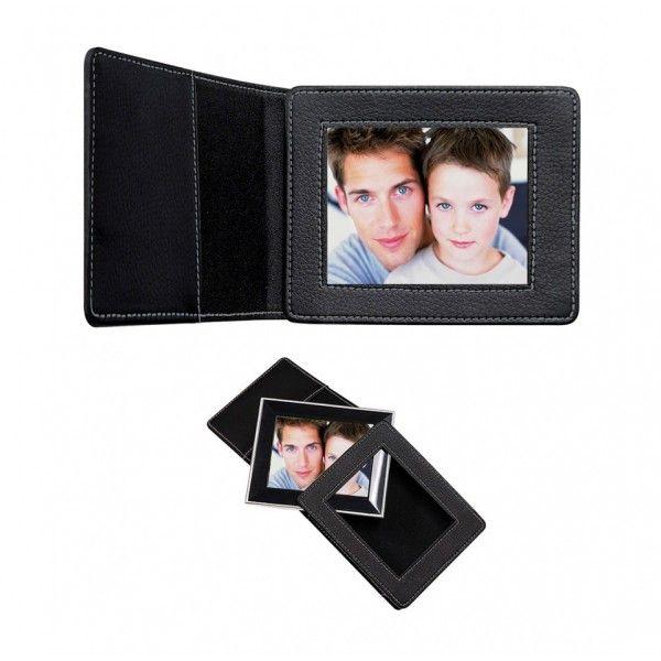 Porta-Retratos Digital  3.5  polegadas, MP3, 1GB de Memória, entrada SD e Capa em Couro preta - DP350 - Coby