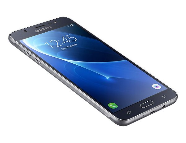 """Samsung Galaxy J7 Duos Metal Preto com 16GB, Dual chip, Tela 5.5"""", 4G, Câmera 13MP, Android 6.0 e Processador Octa Core de 1.6 Ghz"""