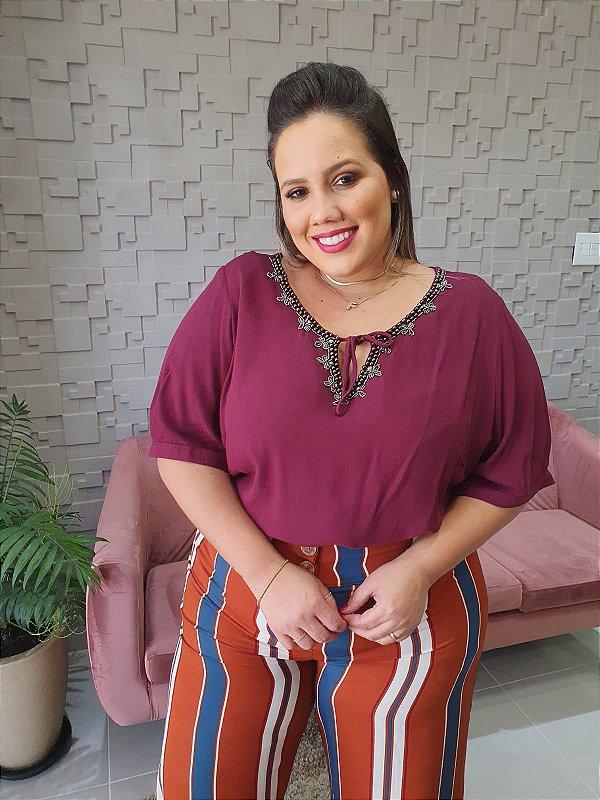 Blusa Alongada Bordada