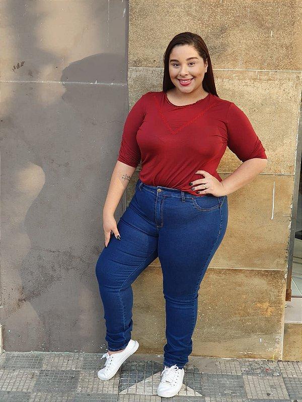 Calça jeans escura cintura alta