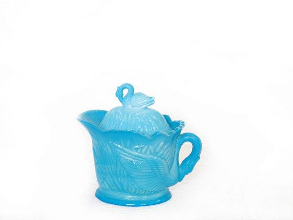 Pote para açucar em Milk Glass Blue