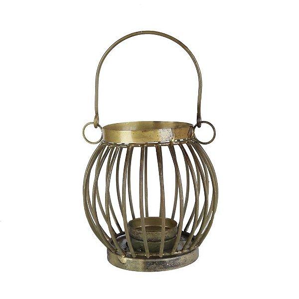 Lanterna em metal dourado