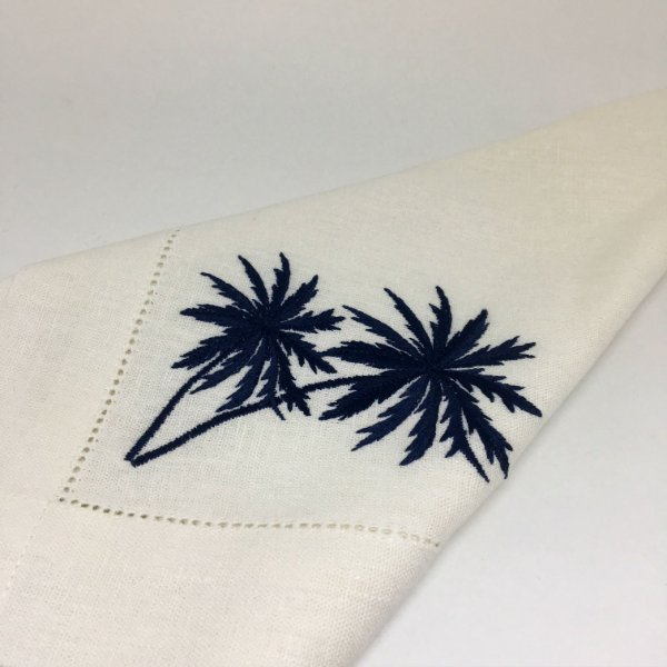 Guardanapo em linhão com ajour e bordado palmeiras