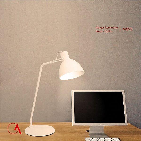 Abajur Luminária de Mesa Calha Alumínio Branco Bivolt Estudo 63cm de Altura Seed Golden Art E-27 M893 Mesas e Salas