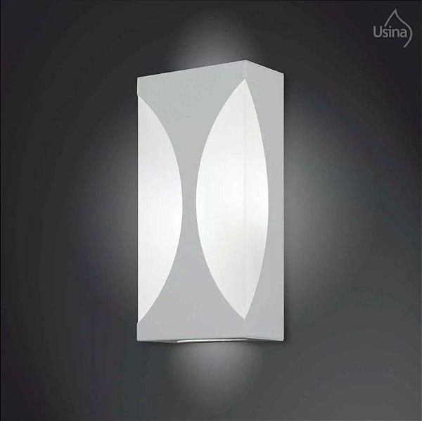 Arandela Interna Retangular Branca Luz Frontal Vidro 15x30 2012 Usina Design E-27 5165/30 Corredores e Quartos