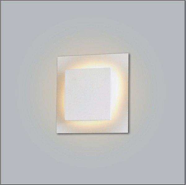 Arandela Interna Quadrada Alumínio Branca Luz Indireta 45x45 Drones Usina Design G9 281/50 Quartos e Salas