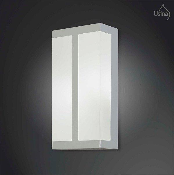 Arandela Interna Vidro Fosco Decorativa Luz Frontal 15x20 2012 Usina Design E-27 5120/20 Corredores e Salas