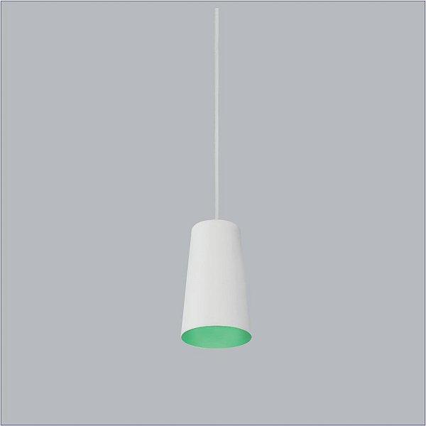 Pendente Obelisco PQ Conico Alumínio Branco Verde 16,5x90cm Usina Design 1x E27 Bivolt 16135-9 Corredores e Balcões