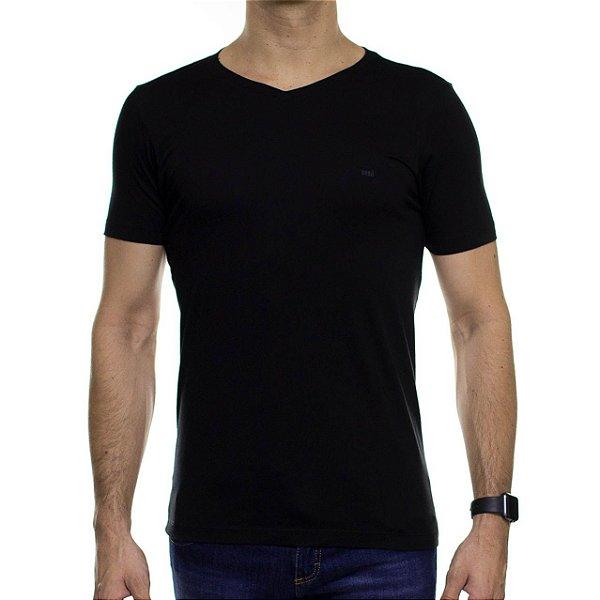 Camiseta de Malha Urbô Preta Básica Gola V