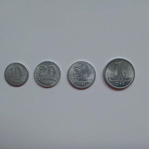 Série com 4 moedas - 10, 20, 50 centavos e 1 cruzeiro de 1957