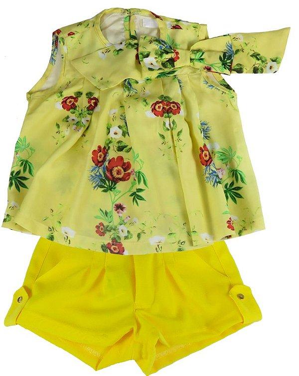 Conjunto infantil Empório Baby bata flowers e shorts crepe