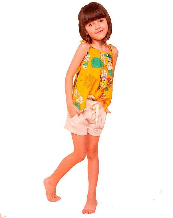 Conjunto infantil Mundo céu com shorts amarelo flores