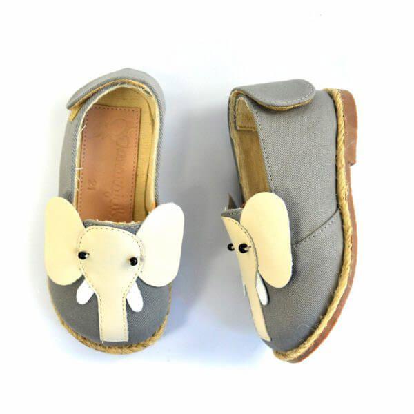 Sapatinho Infantil Ararajuba Cinza Elefante