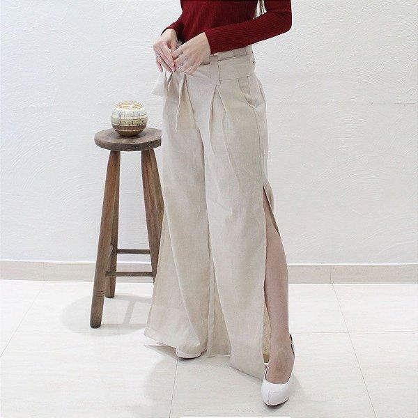 Calça Pantalona em Linho Cru