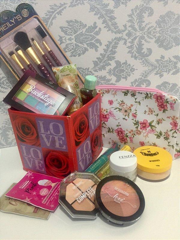 Kit Love de Maquiagem e cuidados com a pele