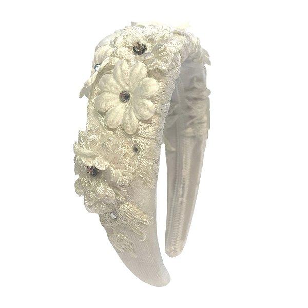 Tiara M de Veludo Branco com Flores
