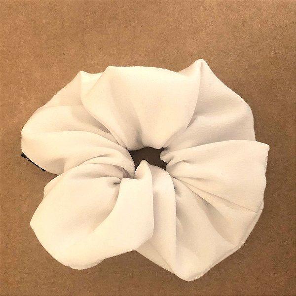 Elástico - Scrunchie de Crepe Branco