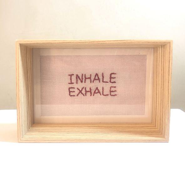 Quadro de Madeira Natural P INHALE/EXHALE