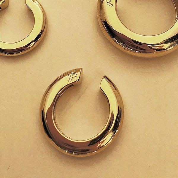 Piercing Round Liso Dourado M