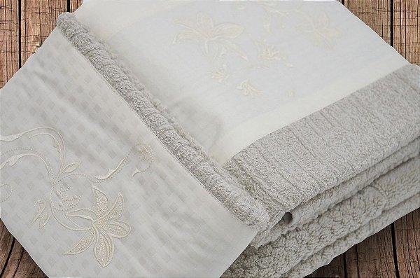 Jogo de toalha Bordado Lirio - Enxovart
