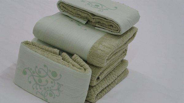 Jogo de toalha com aplique Percal 200 Fios Importado Bordado Arbóreo – Enxovart