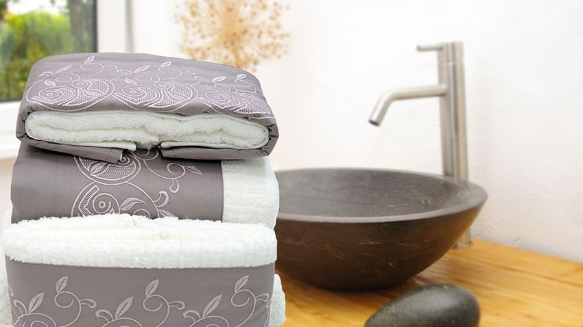 Jogo de toalha com aplique Percal 200 Fios Importado Bordado Setácio – Enxovart