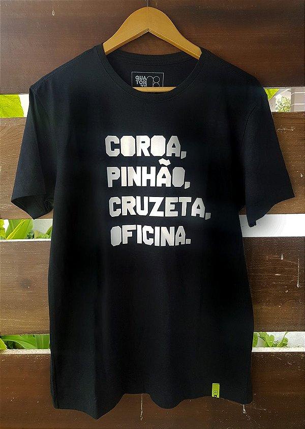 Camiseta Coroa e pinhão Preta