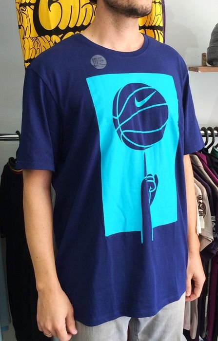Camiseta Nike Spinni Dryfit Azul Marinho