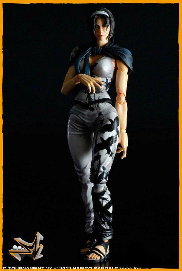 Jun Kazama Action Figure Tekken - Play Arts Kai
