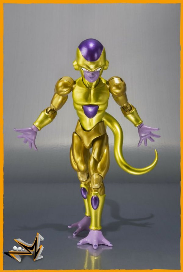 Golden Freeza Dragon Ball Z S.H.Figuarts - Bandai