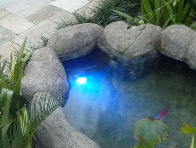 Iluminação para lagos, Pedra de Led Subaquáticos
