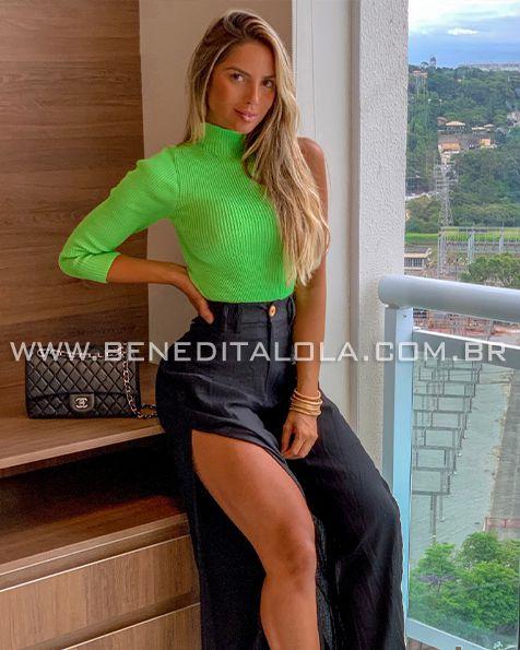 358dd4b90 Blusa Feminina Tricot Canelada com GOLA Neon Inverno 2019 - Benedita ...